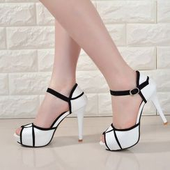 Tina Nini - Contrast Trim Stiletto Sandals