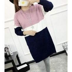 Dream Girl - Long-Sleeve Color Block Knit Dress