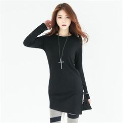 GLAM12 - Slit-Side Ribbed Long T-Shirt