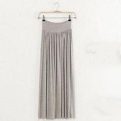 JVL - Pleated Long Skirt