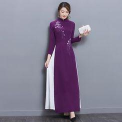 Salisha - 碎花长袖长旗袍