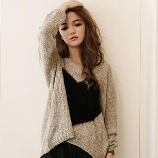 ASOBI - Heart-Accent Sweater