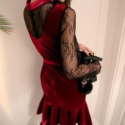 DABAGIRL - Lace-Panel Belted Velvet Mermaid Dress