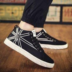Araeo - 印花休閒鞋
