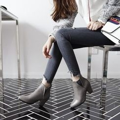 CITTA - Pointed Ankle Boots