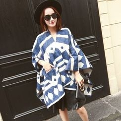 Snow Sheep - Patterned Poncho