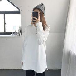 Seoul Fashion - Round-Neck Long T-Shirt
