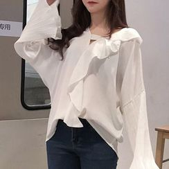 Queen Bee - Ruffled Flared Long-Sleeve Blouse