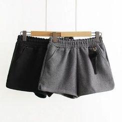 Musume - Tasseled Shorts