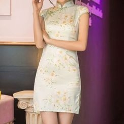 Miss Four Qipao - Printed Short-Sleeve Side-Slit Silk Cheongsam