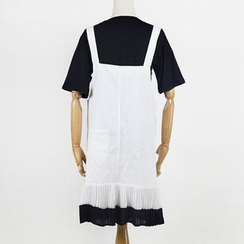 AIGIL - Accordion Panel Pinafore