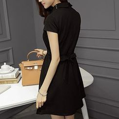 Q.C.T - Short-Sleeve Collared A-Line Dress