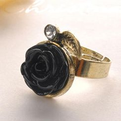 Fit-to-Kill - Diamond Rose Ring