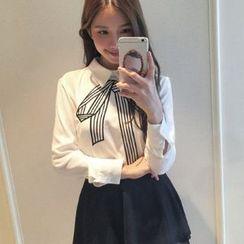 菲兒 - 蝴蝶结刺绣衬衫
