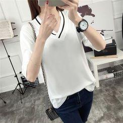 Ukiyo - V-Neck Elbow-Sleeve T-Shirt
