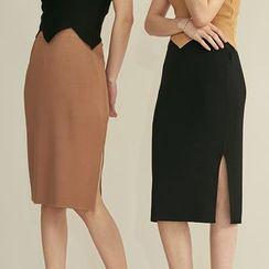 HORG - Slit Knit Skirt