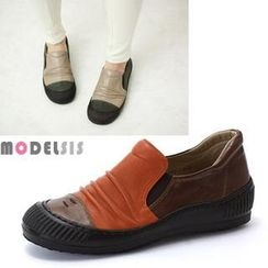MODELSIS - Genuine Leather Two-Tone Slip-Ons