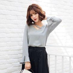 Tokyo Fashion - Cutout Blouse