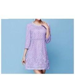 草莓花朵 - 七分袖蕾丝拼接连衣裙