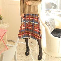Cherryville - Patterned Corduroy Pleated Midi Skirt