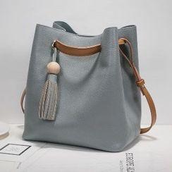 Axixi - Tasseled Drawstring Bucket Bag