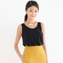 SO Central - Pocket-Front Sleeveless Top