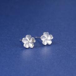 Zundiao - Sterling Silver Sakura Studs