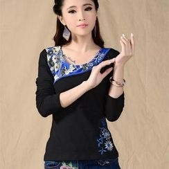 Sayumi - Long-Sleeve Floral Embroidered T-Shirt