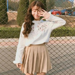 Windflower - Long-Sleeve Embroidered Blouse