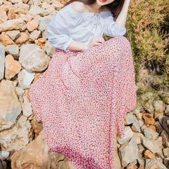 Furuto - Set: 3/4-Sleeve Off Shoulder Top + Floral Maxi Skirt