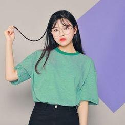HOTPING - Short-Sleeve Striped T-Shirt