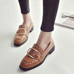 QQ Trend - 饰扣铆钉乐福鞋