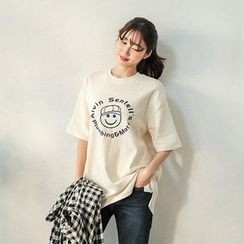 Seoul Fashion - Elbow-Sleeve Lettering T-Shirt