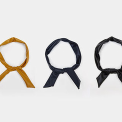 chuu - Inset Wire Faux-Leather Hair Band