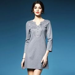 Elabo - Embroidered V-Neck 3/4 Sleeve Shift Dress