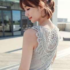 CLICK - Sleeveless Lace Top