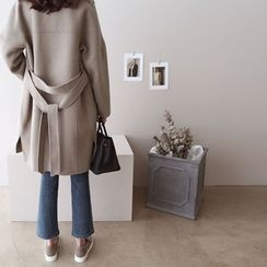 DAILY LOOK - Hidden-Button Wool Blend Coat With Sash