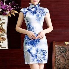 Maura Qipao - 蓋袖花形印花旗袍