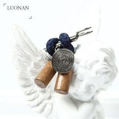 Luonan - 木质胸针