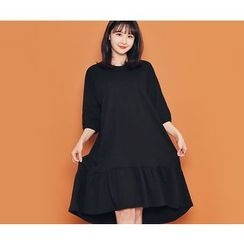 HOTPING - 3/4-Sleeve Ruffle-Hem Long Dress