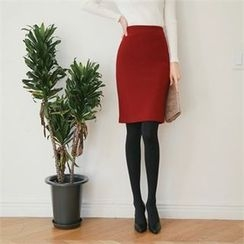 Styleberry - Bushed Fleece Lined Pencil Skirt