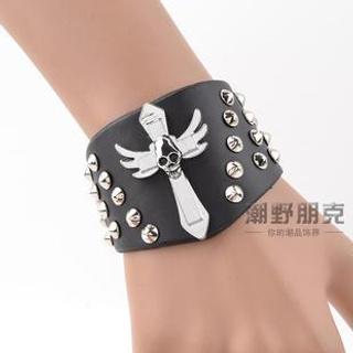 Trend Cool - Cross & Studded Bracelet