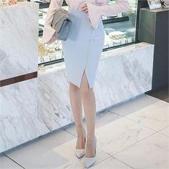 ode' - Cutaway-Front Pencil Skirt