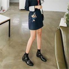 ZIZIBEZIRONG - Embroidered Mini Skirt