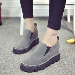 Yoflap - Hidden Wedge Slip Ons