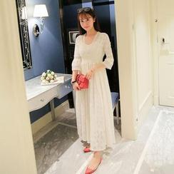 SUYISODA - Lace 3/4 Sleeve Maxi Dress
