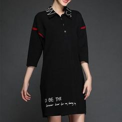 Mythmax - 3/4-Sleeve Paneled Lettering Dress