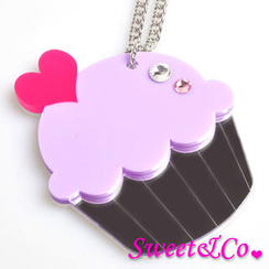 Sweet & Co. - Sweet&Co. XL Mirror Purple Cupcake Silver Necklace
