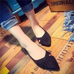 QQ Trend - Pointed Flats