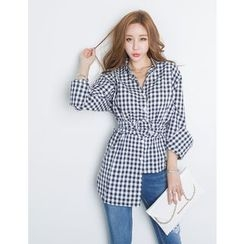 GUMZZI - Asymmetric-Hem Belted Gingham Shirt